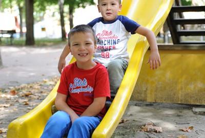 Leo e il suo fratellino